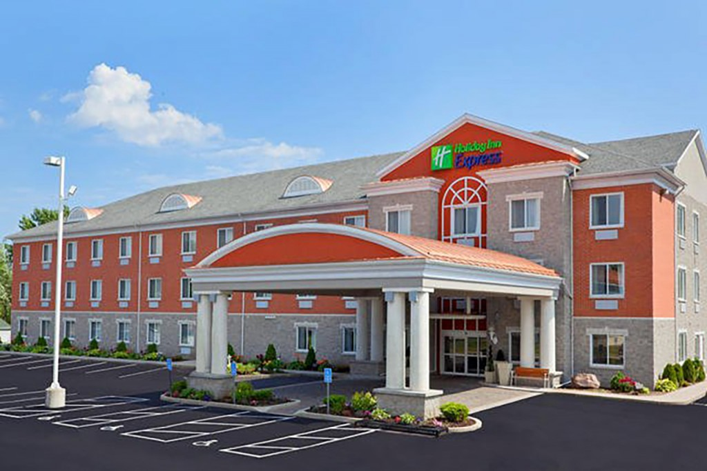 holiday-inn-express-exterior